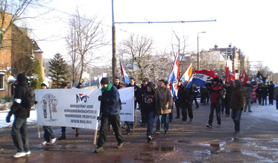 Pro- and anti IS demonstrations in the Hague on different locations