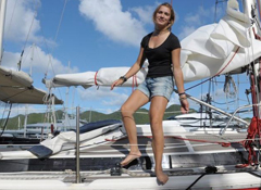 Dutch teen sailor closing in on record